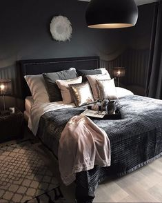 Bedroom ideas for modern to rustic schemes. Tips and tricks for creating a master bedroom decor. Dream Rooms, Dream Bedroom, Home Bedroom, Master Bedroom, Bedroom Wall, Gray Bedspread, Bedroom Inspo, Bedroom Ideas, Bedroom Designs