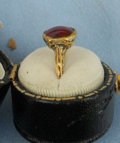 Tudor Ring, CA 1550, Cabochon Garnet