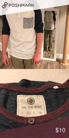 👉🏼on the byas. 3/4 length sleeve NWOT Men's on the byas 3/4 length sleeve shirt. Size medium. Grey and navy. on the byas Shirts Tees - Long Sleeve