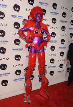 Heidi Klum topped herself with an ultratall robot costume at her 2010 costume…