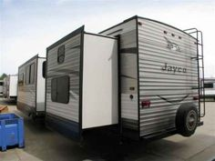 2016 New Jayco Jay Flight 32TSBH Travel Trailer in Oregon OR.Recreational Vehicle, rv, 2016 Jayco Jay Flight32TSBH, 32in TV, Customer Value Pkg, Elite Package, State Seal, Thermal Pkg,