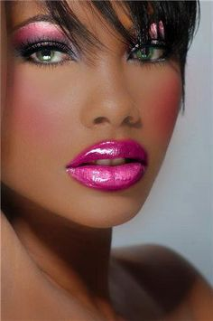 Hot Pink | Plumped lips and gorgeous eye shadow too |