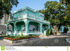 colonial architecture macau - Google Search Colonial Exterior, Tourist Office, Colonial Architecture, Macau, Caribbean, Outdoor Living, Mansions, House Styles, Image