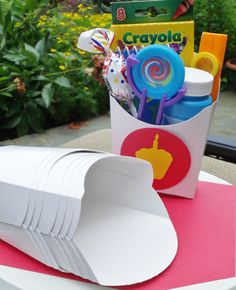12 Paper French Fry Container  5oz.. $5.00, via Etsy.