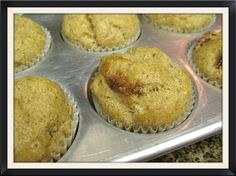 Strawberry Almond Muffins use Trim Healtjy Mam plan approved sweetener, such as Truvia.