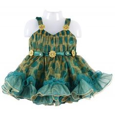 Yapaa.com - Veetex Baby Frock is perfect for party wear it is very attractive in look and also very comfortable to wear, it has small flowers on the frock which will give more great to the frock, it has nice frill at the bottom of the frock.