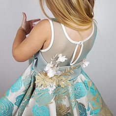 👑Adorn your little girls wardrobe with our new fairy-tale designs. The enchanting Mica dress with flourishing floral applique. Link in bio. Girls Dresses, Flower Girl Dresses, Girls Wardrobe, Special Occasion Dresses, Fairy Tales, Little Girls, Applique, Party Dress, Hair Accessories