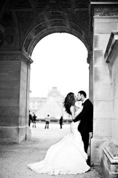 Paris + black and white really go well together. #wedding #weddinginvitations #destinationwedding