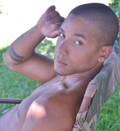 """I wanna be like the and take shirtless pics all day. Lee Daniels, Latin Men, Fine Black Men, Jussie Smollett, Netflix Series, Man Crush, Sexy Men, Sexy Guys, Dark Skin"