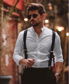I love this outfit! Always black and white is one of the best matches! Male Model, Mens Fashion, Fashion Outfits, Mens Clothing Styles, My Man, Ariana Grande, Like4like, Swag, Black And White
