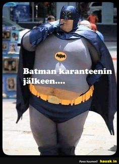 Take a break from the day and enjoy this fine selection of funny pics and memes Really Funny Pictures, Funny Photos, Funny Images, Haha Funny, Funny Jokes, Hilarious, Morbider Humor, Batman Comics, Stupid Memes