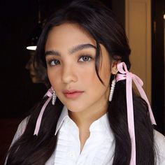 Filipina Actress, Cameron Dallas, Cute Makeup, Celebs, Celebrities, Most Beautiful, Abs, Actresses, Instagram Posts