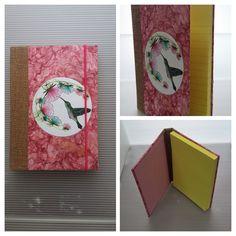 Block de notas con colibri, elaborado en  yute, papel amate, hecho a mano. Disponible en Gato Helecho Encuadernación artesanal.