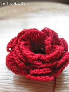Pin Up, Projects To Try, Crochet, Burlesque, Madness, Crochet Flowers, Recipe, Fimo