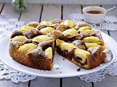 Landfrauen-Rezepte für köstliche Kuchen - versunkener-apfel-marmor  Rezept