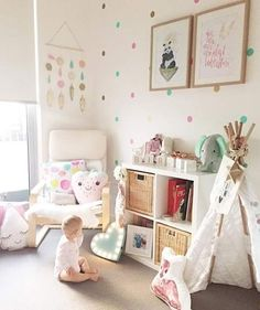 Baby Birdie has so many pretty things to look at in her room... including her @kubbi_and_co name blocks Thank you for letting us share this pic @imogen_birdie_rose