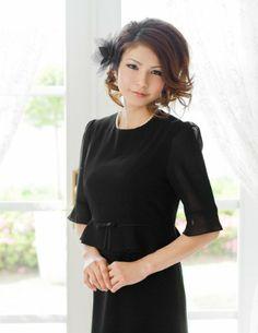 Amazon.co.jp: 【Christian&Diana】ブラックフォーマル レディース スーツ 喪服礼服 バックリボン×Wフリル CD-005[5~21号]: 服&ファッション小物