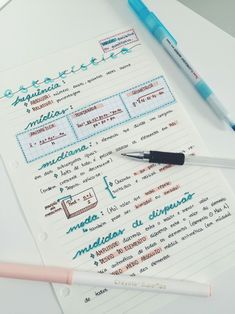 realistic studyblr from a {formerly} bad student School Organization Notes, Study Organization, College Notes, School Notes, Pretty Notes, Good Notes, Studyblr, Bullet Journal Notes, Mind Maps
