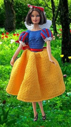 Princess Snow White is an original creation of Gaylee's Dollhouse. Her costume is inspired by the Disney Film. This doll is crocheted with size 10 cotton crochet thread. She is trimmed with red ribbon. This design won place at the Lancaster County Fair Cotton Crochet, Thread Crochet, Cute Crochet, Disney Princess Dresses, Barbie Princess, Knitted Dolls, Crochet Dolls, Crochet Disney, Crochet Barbie Clothes