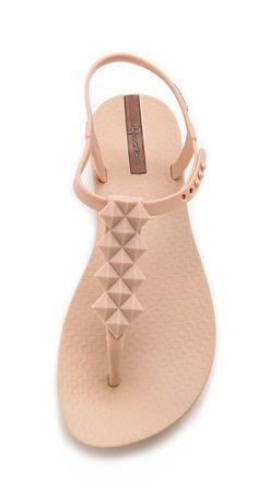 jelly stud sandal