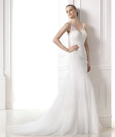 Wedding dresses from the Modern Bride 2015 collection - Pronovias