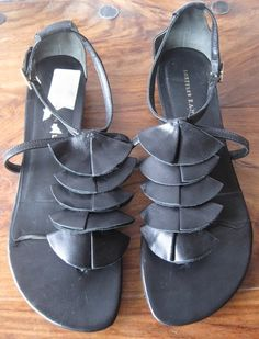 "LOEFFLER RANDALL sz 8 - 8 1/2, Black ""Samba"" Strappy Sandals, SEXY! $39 on ebay"