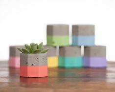 Painting Cement, Cement Art, Concrete Cement, Concrete Crafts, Concrete Projects, Concrete Planters, Cement Color, Tea Light Candles, Tea Lights