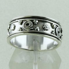 Traditional Indian Style Designer Spinning Ring_Hand Made 925 Sterling Siver #SilvexImagesIndiaPvtLtd #Friendship