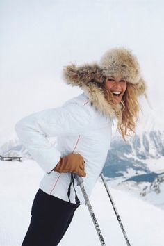 The Vogue Edit: Ski Wear - Apres ski style - Apres Ski Mode, Apres Ski Party, Snow Fashion, Winter Fashion, Fashion 2016, Daily Fashion, Apres Ski Outfits, Apres Ski Fashion, Sporty Fashion