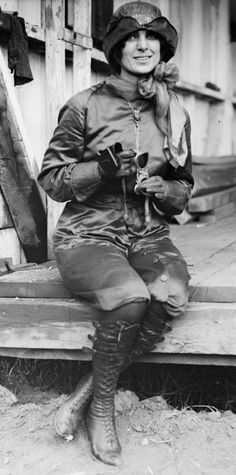 Shown here in her aviator jumpsuit, Harriet Quimby was the  first woman in the United States to earn a pilots license - Aug 1911.