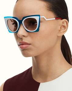 FENDI | ORCHIDEA Fashion Show cat-eye sunglasses http://www.smartbuyglasses.com/designer-sunglasses/Fendi/Fendi-FF-0117/S-ORCHIDEA-IC4/UT-289784.html