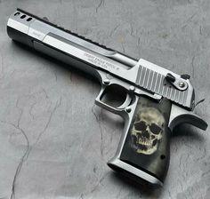 weaponslover:  Desert Eagle .50AE