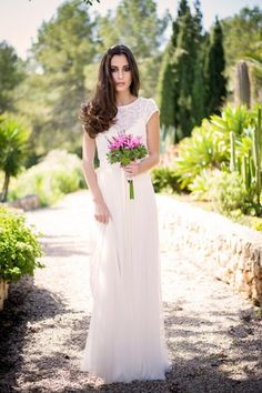Brautkleid von Calesco Couture über MARRYJim.com