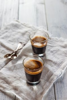 Black Coffee. Cafe Solo.