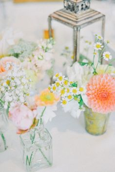 Dying over these adorable peach and yellow florals #rockmyspringwedding @Derek Smith My Wedding
