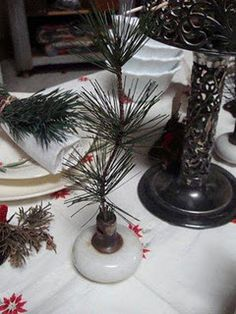 door knobs with pine leaves instead of candles. Too clever!