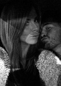 #SS9:Emilie et Rémi sur Snapchat, c'est l'amour fou! Check more at http://people.webissimo.biz/ss9-emilie-et-remi-sur-snapchat-cest-lamour-fou/