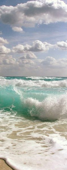 Pic of the Day...Temptation ----------------------- #beach #waves #tide #ocean #travel #tropics #beaches