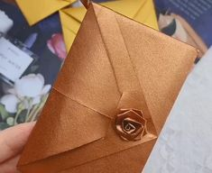 Beautiful and practical envelope Origami Diy Resin Crafts, Diy Crafts Hacks, Paper Crafts Origami, Diy Crafts For Gifts, Paper Crafts For Kids, Origami Art, Diy Arts And Crafts, Fancy Envelopes, Art Drawings For Kids