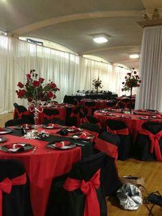 Black and red wedding decorations wedding decorations black and red astounding red and black wedding Vampire Wedding, Zombie Wedding, Our Wedding, Dream Wedding, Geek Wedding, Table Wedding, Gothic Wedding Decorations, Wedding Centerpieces, Gothic Wedding Ideas
