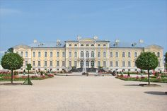 """Rundale baroque Palace and Park, also called the """"Baltic Versailles"""", built 1736-68, Latvia. Astrogeographic position: in the emotional water sign Cancer together and like the original Versailles in the earth sign Virgo the most important indicator for gardening. Valid for field level 3"""