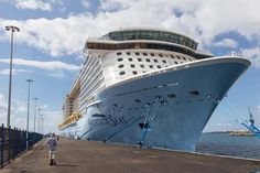 Five cruise tips to get the most out of your Anthem of the Seas vacation.
