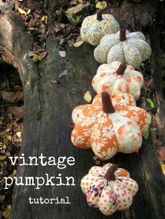 free vintage fabric pumpkin tutorial from my friend Nativ Nativ Berry! Theme Halloween, Fall Halloween, Halloween Crafts, Pumpkin Crafts, Diy Pumpkin, Autumn Crafts, Holiday Crafts, Fall Projects, Craft Projects