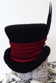 Gothic Raven Man's top hat mad hatter red band by Terri Blackpin on Etsy Steampunk Wedding, Gothic Steampunk, Victorian Goth, Victorian Fashion, Red Velvet Band, Cool Hats, Fancy Hats, Costume Hats, Selling On Pinterest