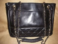 VINTAGE CHANEL QUILTED BLACK LAMBSKIN LEATHER CHAIN BAG