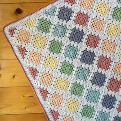 Spin Your Granny Square pattern by Kylie Moleta: Spin Your Granny Square Blanket Pattern US and UK terms Granny Square Crochet Pattern, Crochet Squares, Crochet Blanket Patterns, Crochet Granny, Baby Blanket Crochet, Crochet Baby, Crochet Blankets, Granny Square Häkelanleitung, Baby Granny Square Blanket