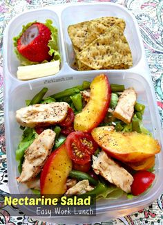 Nectarine salad packed for a healthy work lunch Lunch Snacks, Lunch Recipes, Healthy Recipes, Healthy Meals, Healthy Food, Yummy Food, Healthy Lunches For Work, Work Lunches, Healthy Eating