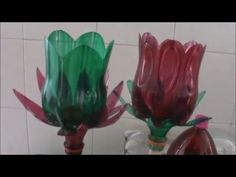 COMO HACER UN JOYERO, COMO HACER UN ALHAJERO, REGALO PARA MAMA, IDEAS PARA REGALAR. - YouTube Reuse Plastic Bottles, Plastic Bottle Flowers, Plastic Bottle Crafts, Recycled Bottles, Recycled Crafts, Diy Crafts, Art Floral, Flower Crafts, Flower Art