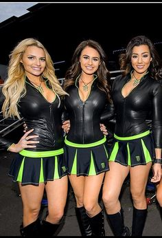 Grid Girls, Monster Energy Girls, Promo Girls, Lady, Umbrella Girl, Femmes Les Plus Sexy, Mini Vestidos, Girl Model, Legs