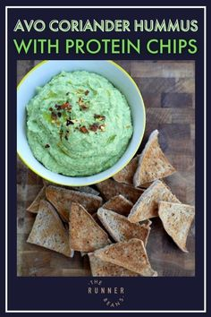 A delicious hummus that could be spread into a sarnie/wrap, or used as a dip for toasted sandwich thins – they taste like toasted pitta chips, only better (and more filling!) They are super easy and quick to make with some basic ingredients. Trust us, your health never tasted better! Read the recipe now! Healthy Living Recipes, Good Healthy Recipes, Creamy Mushrooms On Toast, Hummus Chips, Runner Diet, Baking Recipes, Snack Recipes, Sandwich Thins, Runner Beans